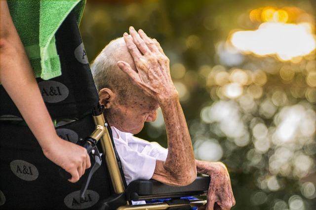Vieux, handicapé et très malade